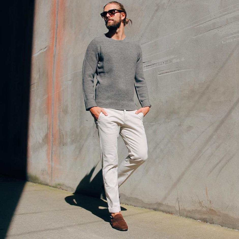 comfortable and stylish, the perfect Sunday outfit. ☀️ #shoes #Magnanni #sweater #Hugoboss #pants #EntreAmis #comfortable #stylish #manfashion  #man #style #fashion#inspiration #kleinsNordre #kleinsbutikkene